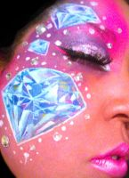 Diamonds closer by ARTSIE-FARTSIE-PAINT