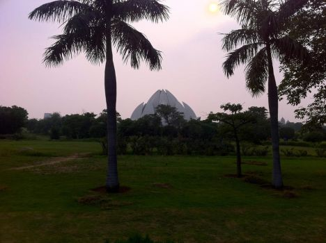 The Lotus Temple by vohu