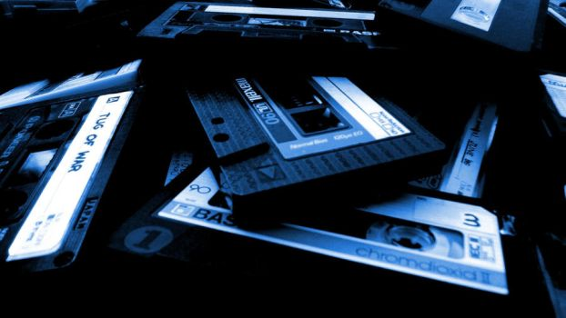 Blue Maxell by hmvh