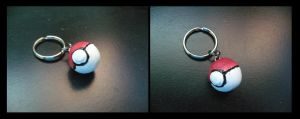 Pokeball Keychain by sammers94