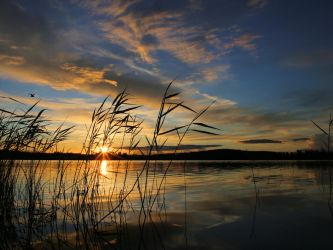 Midnight sun. by KariLiimatainen