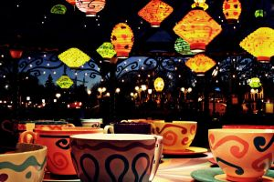 Mad Hatter's Teacups by Mlle-Dreamer