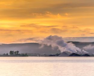 Steaming piles of.... by RobertKohler