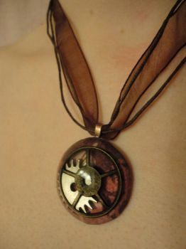 Steamunk Gear Pendant 1 by akiseo