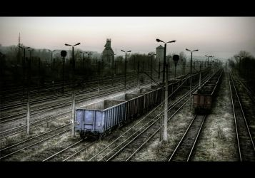 Sunset Railscape III by Beezqp