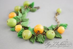 Bracelet with apples from polymer clay by polyflowers