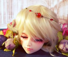 My first doll face up by WandaRocket