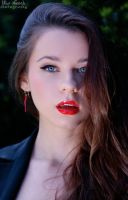 red lips by Juelej