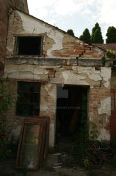 abandomed house by lilangie19