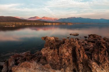 Mono Lake Sunrise by rctfan2