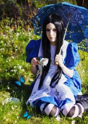 Alice Madness Returns - Taking Tea in Dreamland by cupcakez0mbie