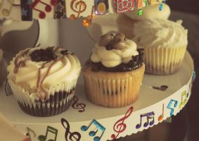 Birthday Cupcakes by JohnnyNiffer