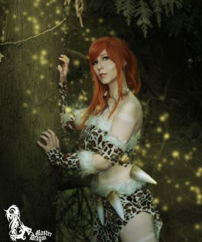 Nidalee Cosplay on a tree (league of legends) by ShiningAngel95