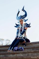 A well behaved Syndra by belafantasy