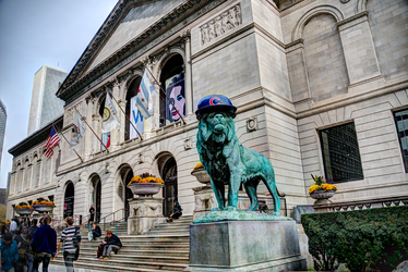 Art Institute of Chicago lion wearing Cubs hat by spudart