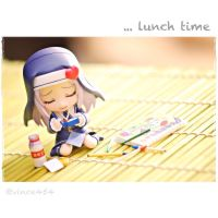 lunch time by vince454