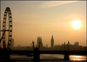 London Haze by vesparia