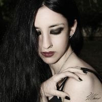 Queen of Darkness II by NNarcissus