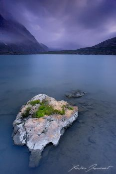 Goleon Lake by XavierJamonet