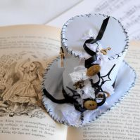 Steampunk Alice in Wonderland Mini Top Hat by RagDolliesMadhouse