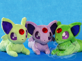 Espeon Beanies by FeatherStitched