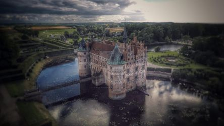 Egeskov Slot (Oak Forest Castle) by BaileyPoint