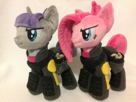 Action Sisters Pie (War Edition) by Burgunzik