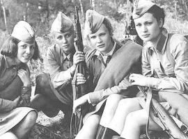 Group - russian female soldiers4 ww2 by UniformFan