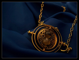 Time Turner by kaibafangirl