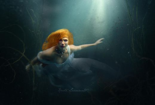 Mermaid by daChelissius