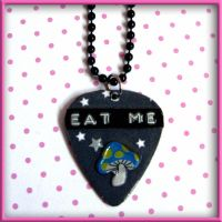 Eat Me Alice Necklace by wickedland