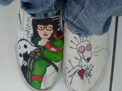 My Shoes by crazyartchick
