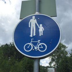 Scratchy traffic sign by Makeamukero