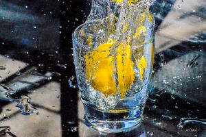 Lemon Splash by Spid4