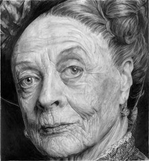 Grannies 12#05. MAggie Smith / Lady Violet