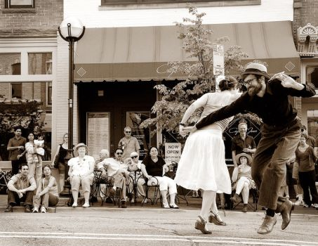 Dancing In The Street by Killntyme