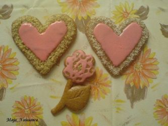 Gingerbread - hearts by Maja-Nuissance