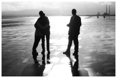 beach silhouttes by bitdiverse