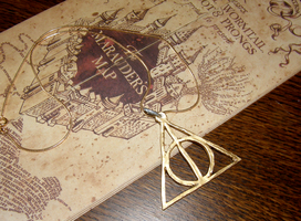 Harry Potter - Deathly Hallows by Snow-Bear