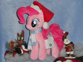 Holiday Pinkie Pie by WhiteDove-Creations