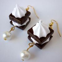 CREAM AND CHOCO EARRINGS by theporcelainrose