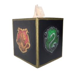GeDecorate a Tissue Box with Hogwarts House Crests by geekymcfangirl
