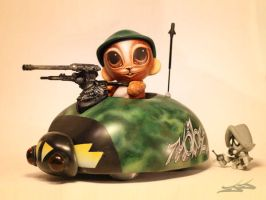 custom munny car by JasonJacenko