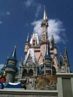 Cinderella's Castle with Goofy by Kastagir