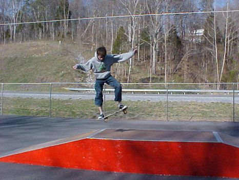me sk8in by kevinthemagicalhobo