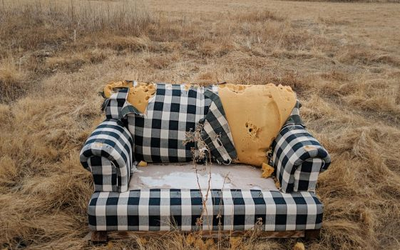 abandoned couch 3 by yellowicous-stock