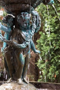 Fountain cherub by Ankh-Infinitus