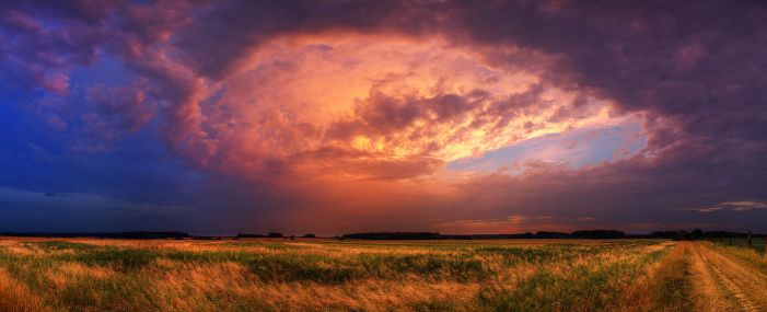 Hungarian skies CCXIII. by realityDream