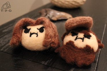 Needle Felted Grump Heads by the-pink-dragon