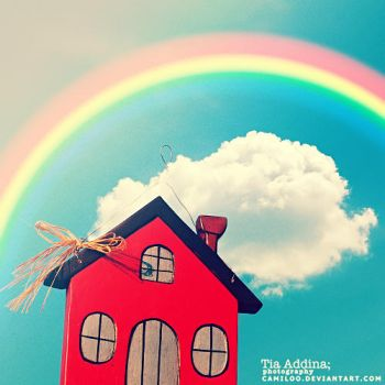 red house. by Camiloo